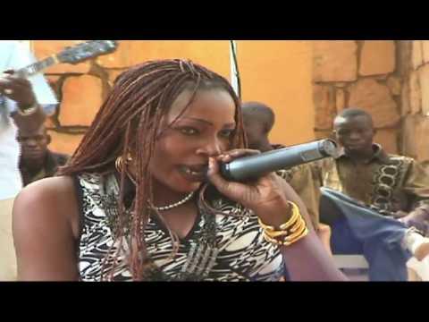 Miss Maawa live / original Wassoulou-Music