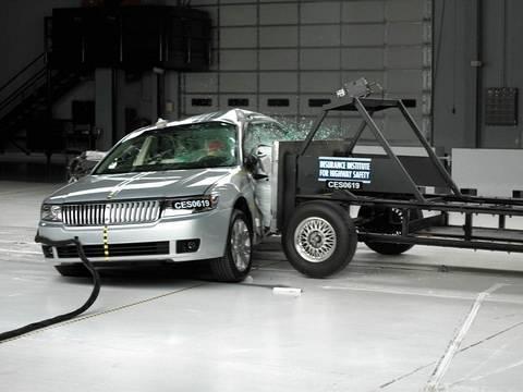 2006 Lincoln Zephyr Side Iihs Crash Test Youtube