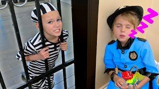 Police story and Peek a boo song | Nursery Rhymes & Kids Songs