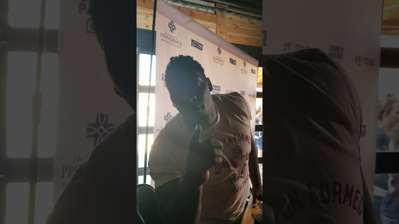Meet and greet party with probowl dallas cowboy demarcus lawrence meet and greet party with probowl dallas cowboy demarcus lawrence m4hsunfo Image collections