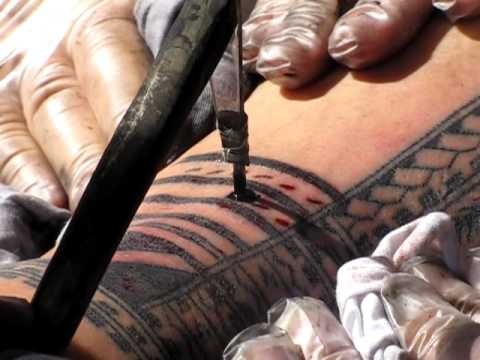 Traditional Samoan Tattooing @ Pasifika Festival 2012