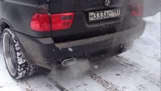 BMW X(53) 4.4 - Установлены спортивные глушители(BMW X(53) 4.4 - Установлены спортивные глушители, насадки в стиле BMW X5 4.8 + оригинальные окантовки выхлопа. Превосх..., 2013-03-25T12:38:19.000Z)