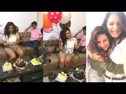 Aashika Bhatia Birthday Celebration with Avneet Kaur and Family Full HD Live Must Watch1