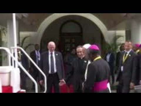 Pope praises Mozambique's leaders for landmark peace accord