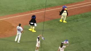 2009年8月19日、神宮球場での東京ヤクルトスワローズvs阪神タイガースの...