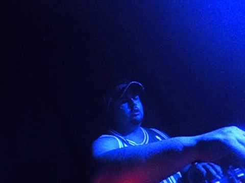 Dj Thiago Costa playing Shine ya Light, Joy and PDA