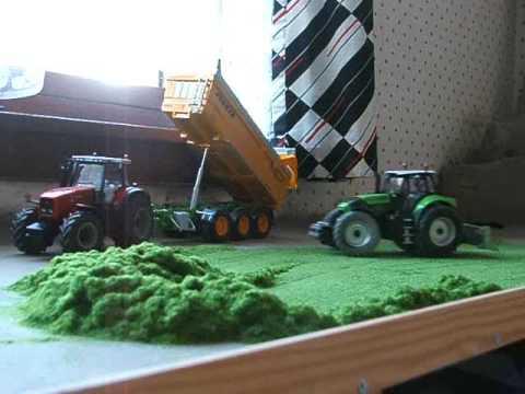 R C Siku Deutz X 720 Tractor Rolling Silage Youtube
