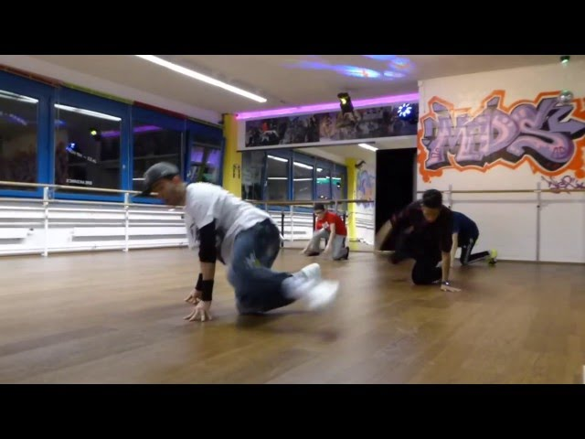 Breakdance routine for beginners 3
