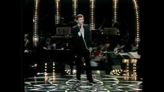 Watch Bobby Darin A Quarter To Nine video