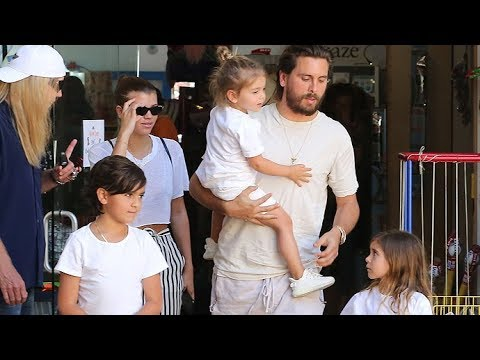 EXCLUSIVE – Sofia Richie Pays For Toy Store Shopping Trip With Scott Disick And His Kids