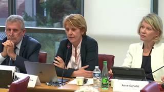 Question à Jean-Yves Le Drian sur le financement des accompagnants d'élèves en situation de handicap
