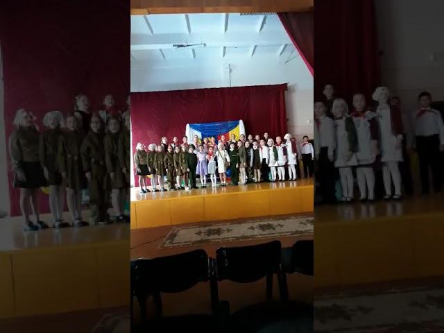 №218 Хор учащихся 3 «А» класса МОУСОШ г. Спасск-Дальний. Песня