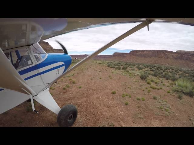 Piper Pacer PA 22/20 bumpy takeoff Happy Canyon airstrip