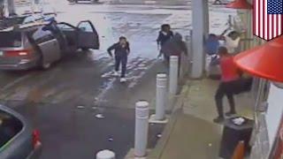 Un SDF de Philadelphie est violemment battu à coups de marteau par une foule