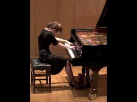 Pianist Clare Hammond performs Liszt