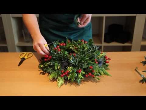 OASIS® Floral Hobby ~ How to ~ Christmas Wreath