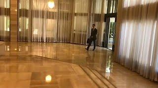 شاهد: الرئيس السوري في صباح يوم عمل على وقع غارات التحالف الثلاثي على دمشق…