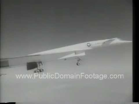 XB-70 Collides with F-104 Crash Disaster Newsreel PublicDomainFootage.com
