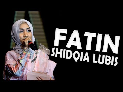 Fatin shidqia Lubis performing live at the 2016 Hamburg Germany