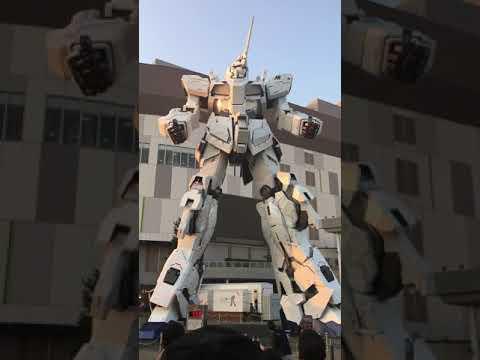 Life Size Unicorn Gundam - Transformation