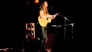 Newton Faulkner at Sidmouth Folk Fringe Fest -Salcombe Regis 2010