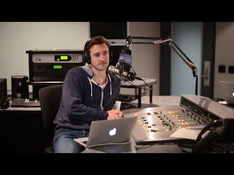 How Your Fear of Losing Him Is Actually Pushing Him Away (Matthew Hussey, Get The Guy)