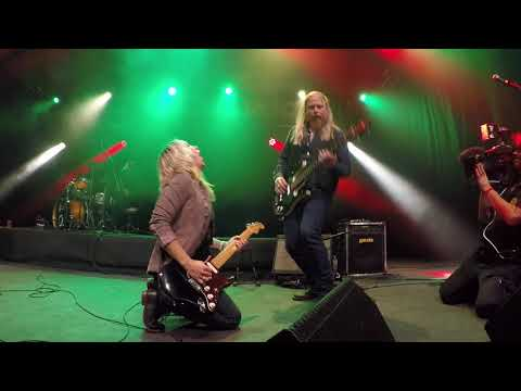 Sarah Smith and Band - European Tour 2017 - Three little Birds (Kompenije Rock, Jubbega NL)