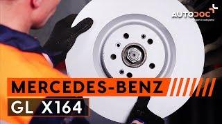 Wie MERCEDES-BENZ GL-CLASS (X164) Bremsbelagsatz Scheibenbremse austauschen - Video-Tutorial