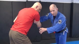 Gambar cover 2 Easy Takedowns for People Who Don't Do Takedowns