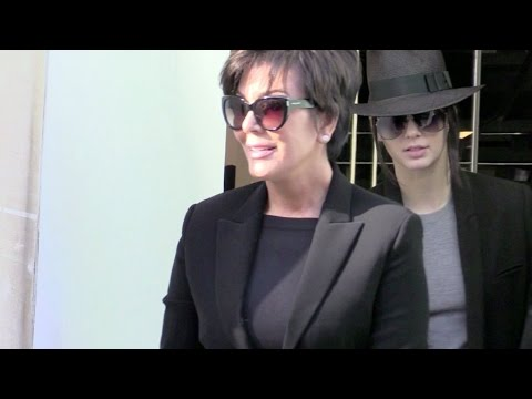 EXCLUSIVE - Kendall and Kris Jenner on a shopping spree in Paris