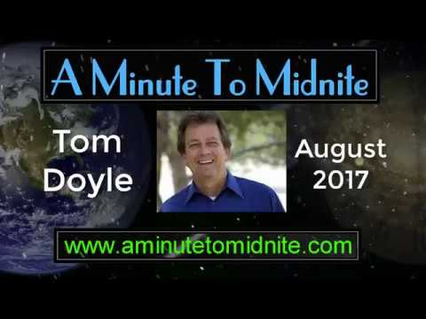 Tom Doyle - Standing In The Fire - Inspiring Stories of Faith and Bravery