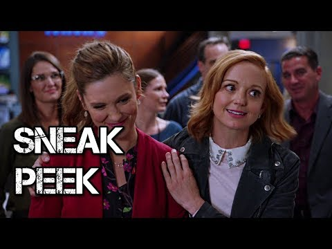 Great News - Episode 2.10 - Catfight - Sneak Peek