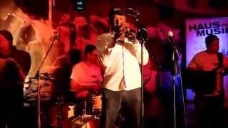 "SKIP MARTIN ""Jungle Boogie"" LIVE"