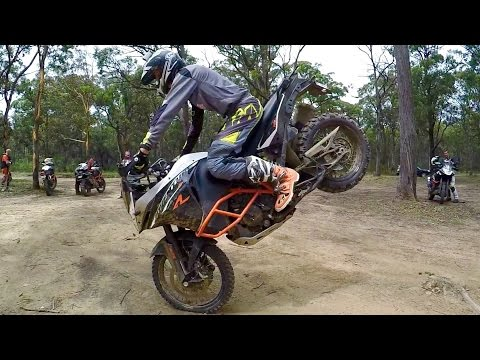 Chris Birch super slo mo stoppy - KTM1190 Adventure R