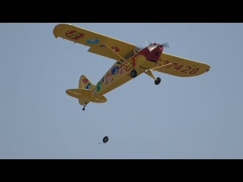 Chuck Dramamine .. California Capital Airshow 2017 (4K)