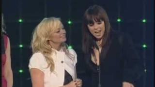 Gambar cover Spice Girls - Winner of Capital Icon Award 2008 www.melaniecbase.com