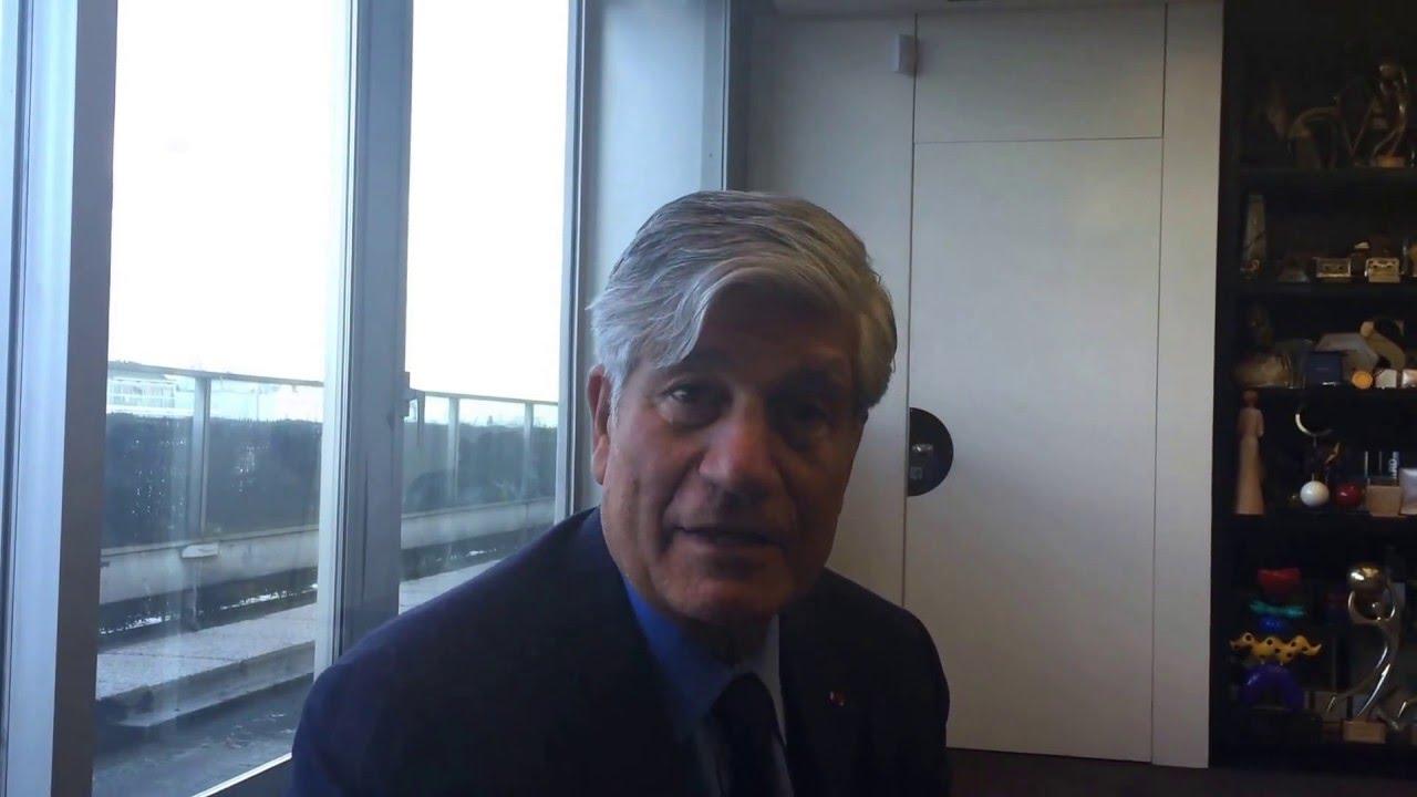 Maurice levy fume t il la moquette de son bureau youtube for Moquette de bureau