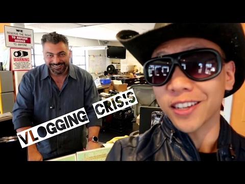OH NO! MAJOR VLOGGING CRISIS!   March 24th, 2017   Vlog #64