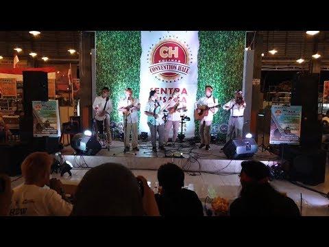roy-jeconiah-jadi-juri-di-festival-acoustic-musik-kuliner-surabaya