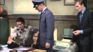 Los Invasores 1967 - 2x04 Valley of the shadows (El valle de las sombras)
