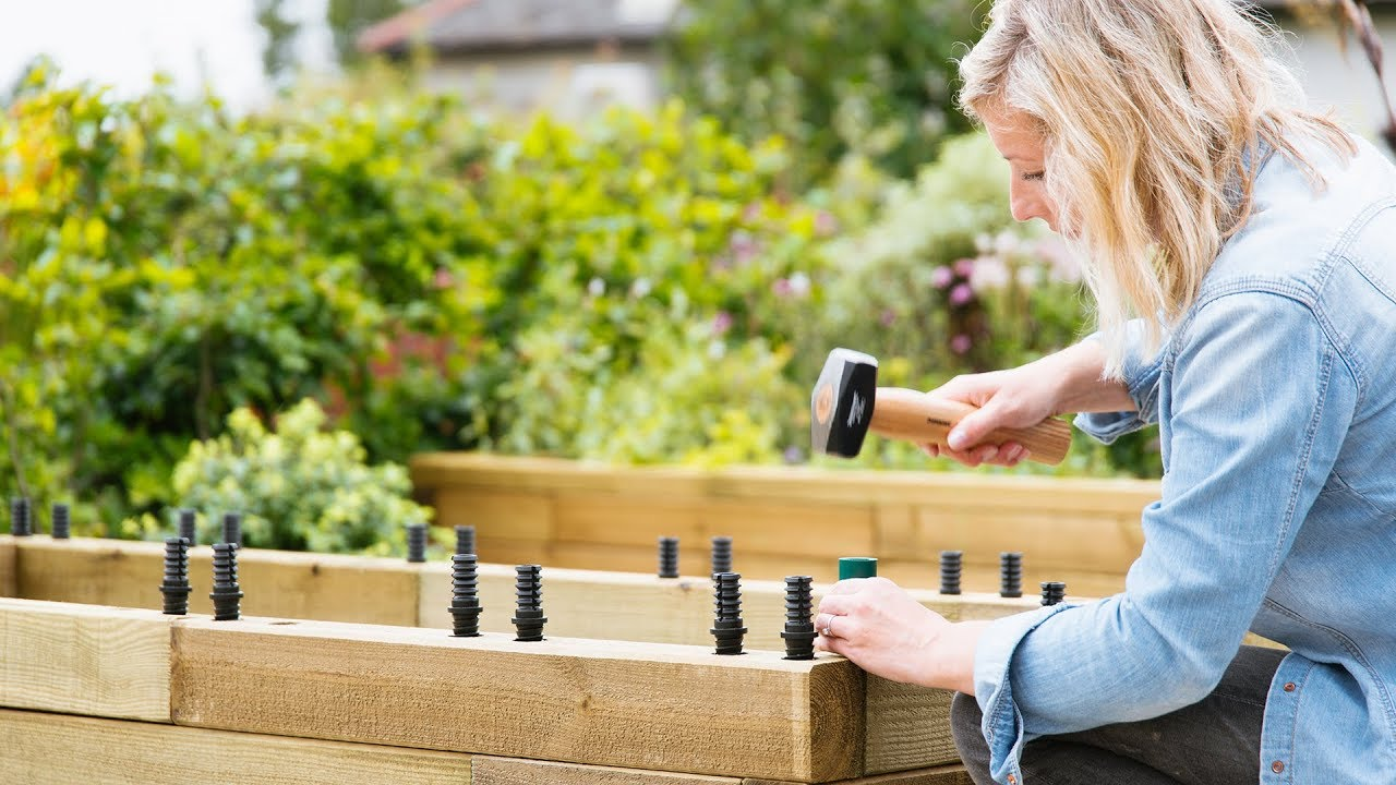 A quick guide to building raised beds with WoodBlocX