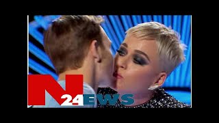 Katy Perry surprises American Idol contestant with impromptu kiss