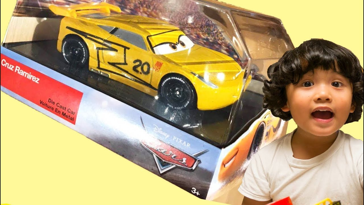 New Year S Day 2018 Cars 3 Toys Toy Hunt Diecast Cruz Ramirez As Jackson Storm Disney Store