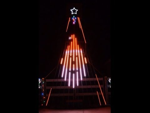 Musical Christmas light show to Mad Russian's Christmas for 12 CCR tree
