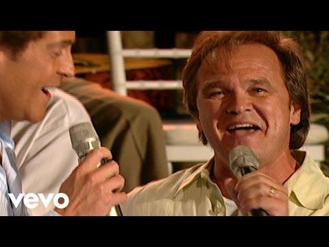 Jeff & Sheri Easter, Ernie Haase & Signature Sound - River of Jordan [Live]