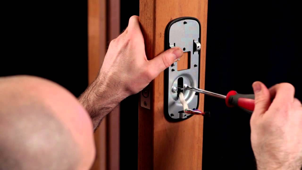 Lockwood Keyless Digital Deadbolt Installation Programming Youtube