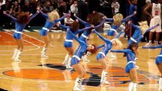 Knicks Cheerleaders perform, December 2007