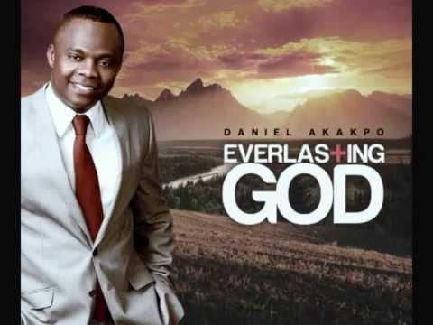 Me Do Wo Jesus - Daniel Akakpo (feat. Celestine Donkor) Ghana Videos Music.com