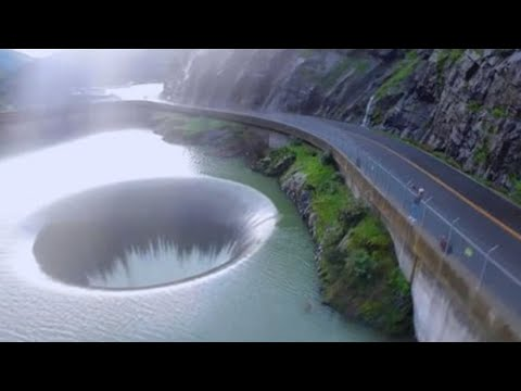 15 Largest Sinkholes Caught on Camera