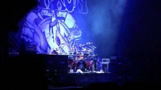 Saxon Live - Nigel Glockler Drum Solo